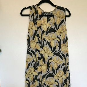 Equipment Femme Silk Floral Dress V Neck S/P